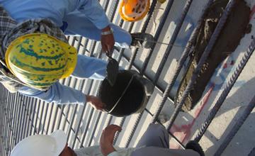 AL Masjide Al Haram Construction Men
